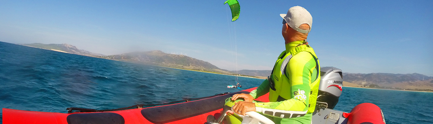 Kitesurf Boat Lesson in Tarifa Surf Center Tarifa low Inicio